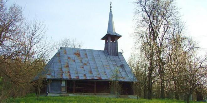 Resfințirea bisericii din Filia Lacu a Parohiei Sucutard