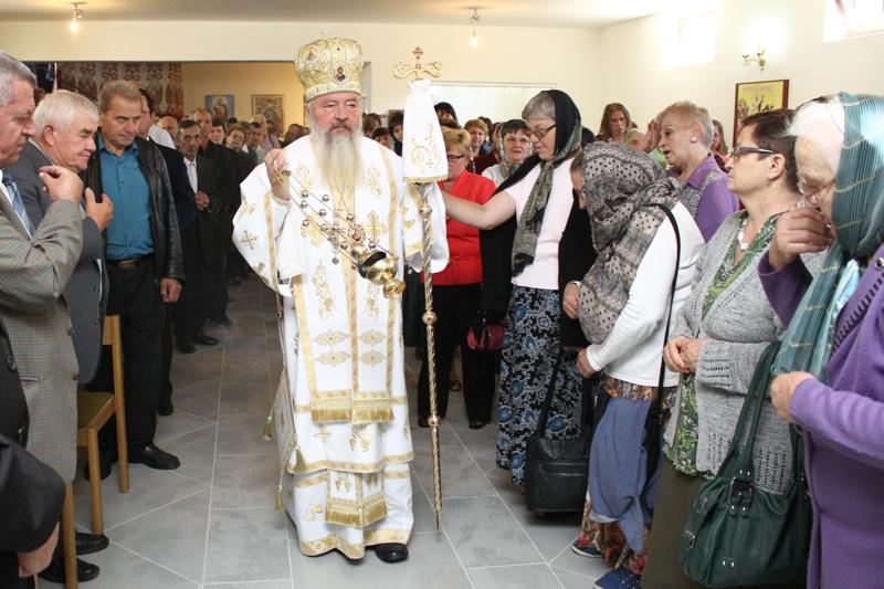 """Demisolul bisericii """"Sfântul Alexandru"""" din Cluj-Napoca, sfințit de ÎPS Andrei"""