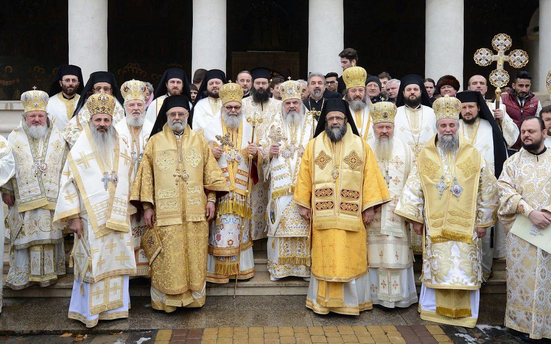 IPS Andrei, la sărbătoarea Sfântului Apostol Andrei de la Patriarhia Română