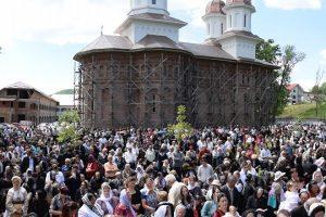 Hram la Mănăstirea de la Dobric