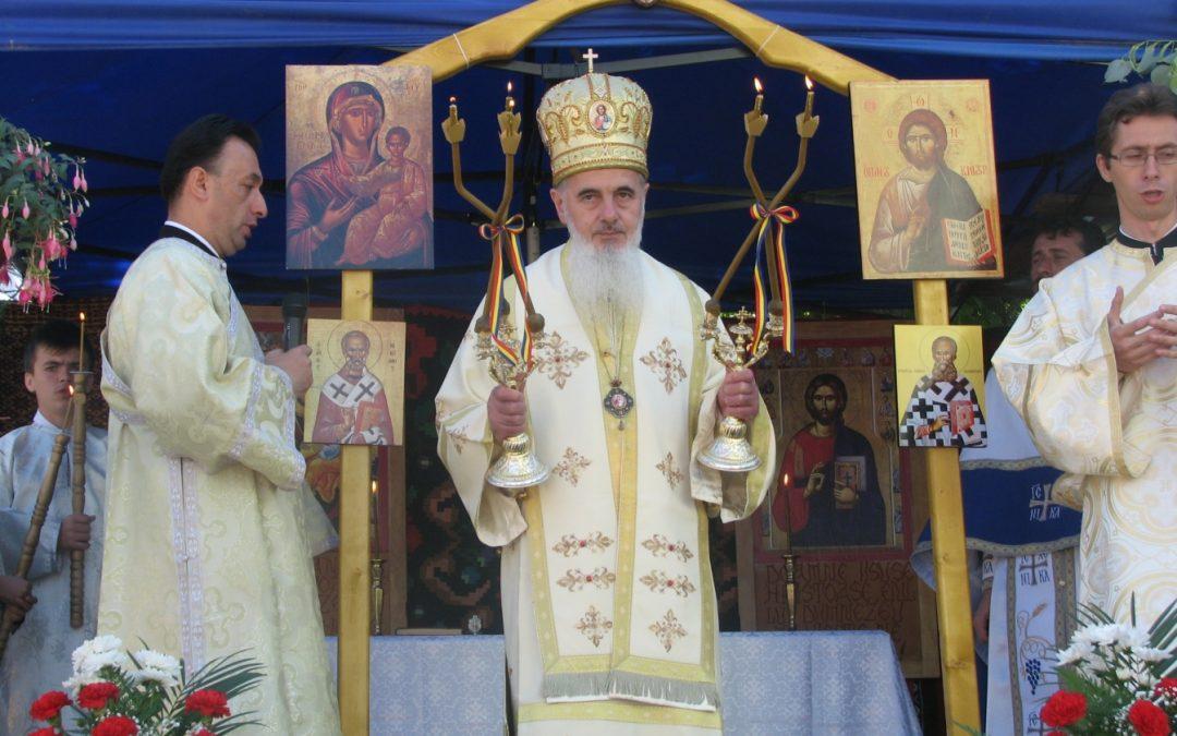 """Prezentă arhierească în parohia clujeană """"Sf. Ierarh Alexandru"""""""