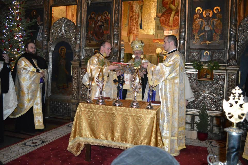 Slujba de Te-Deum în catedrala mitropolitană, în noaptea dintre ani