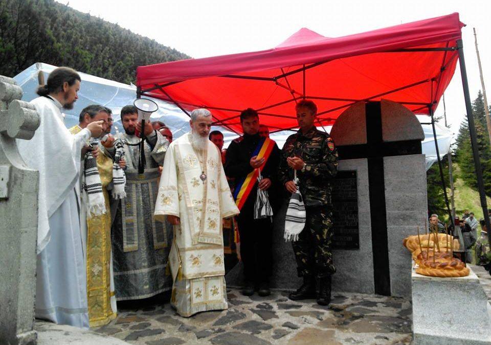 Eroii români, cinstiți la monumentul din Vârful Grui