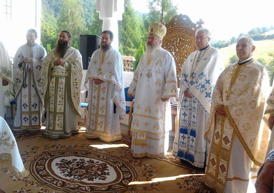 Sărbătoare aleasă la Mănăstirea Sfinții Apostoli Petru și Pavel din Țara Năsăudului