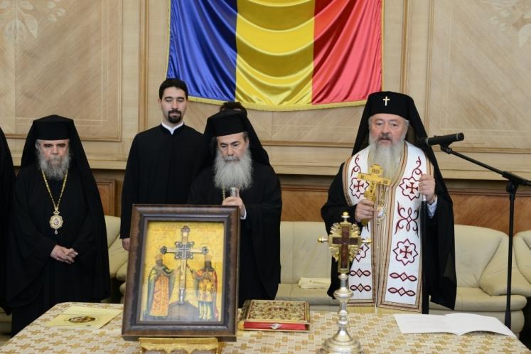 Patriarhul Ierusalimului în vizită, pentru prima dată, în România