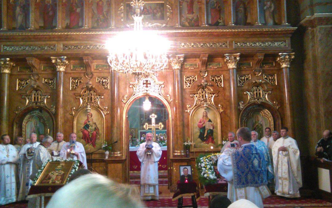 """Slujbă Arhierească, în Parohia """"Sfântul Nicolae"""" din Năsăud"""