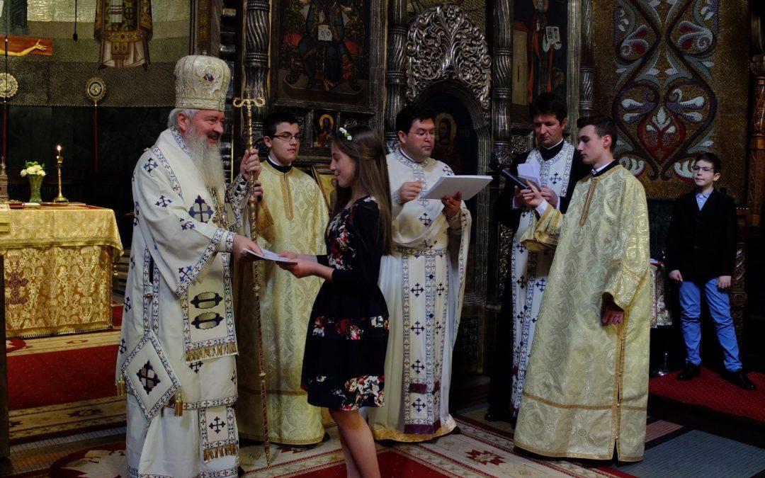 Olimpicii clujeni la Religie, premiați de Mitropolitul Andrei