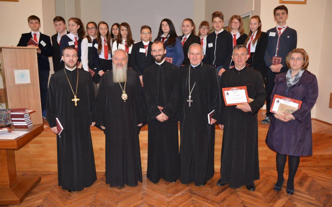 Câștigătorii concursului Biserica și Școala din sufletul meu, premiați de Mitropolitul Andrei