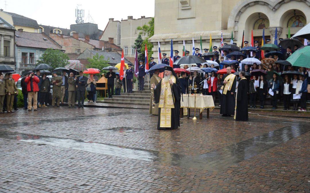 Eroii neamului românesc, cinstiți la Cluj de Ziua Europei