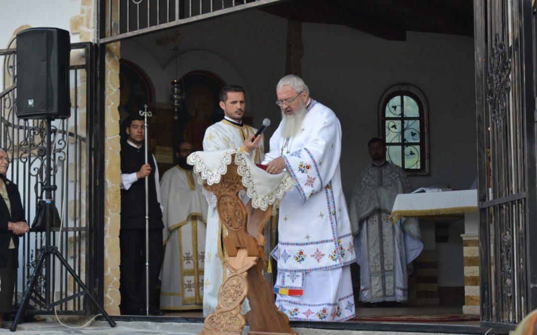 """ÎPS Andrei: """"De Înălțare, Hristos a ridicat firea umană la cer"""""""