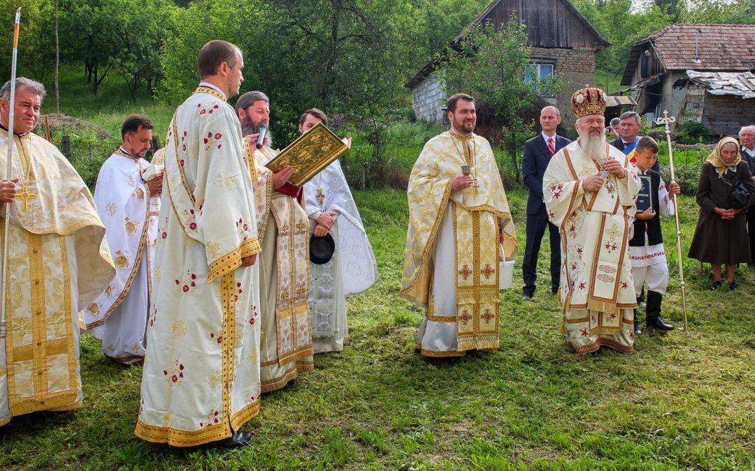 Resfințirea bisericii din Sântejude