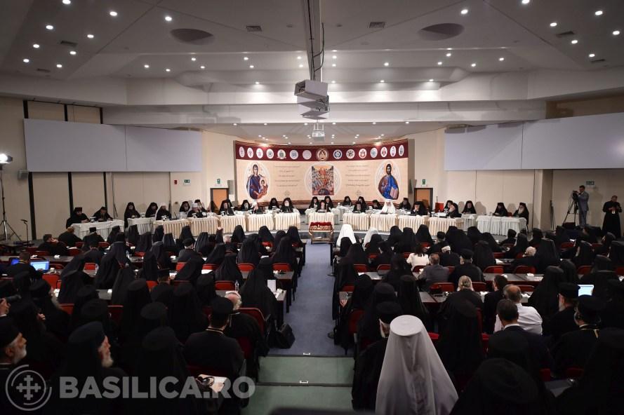 Sesiune inaugurală a Sfântului şi Marelui Sinod. Patriarhul României apreciat pentru propuneri
