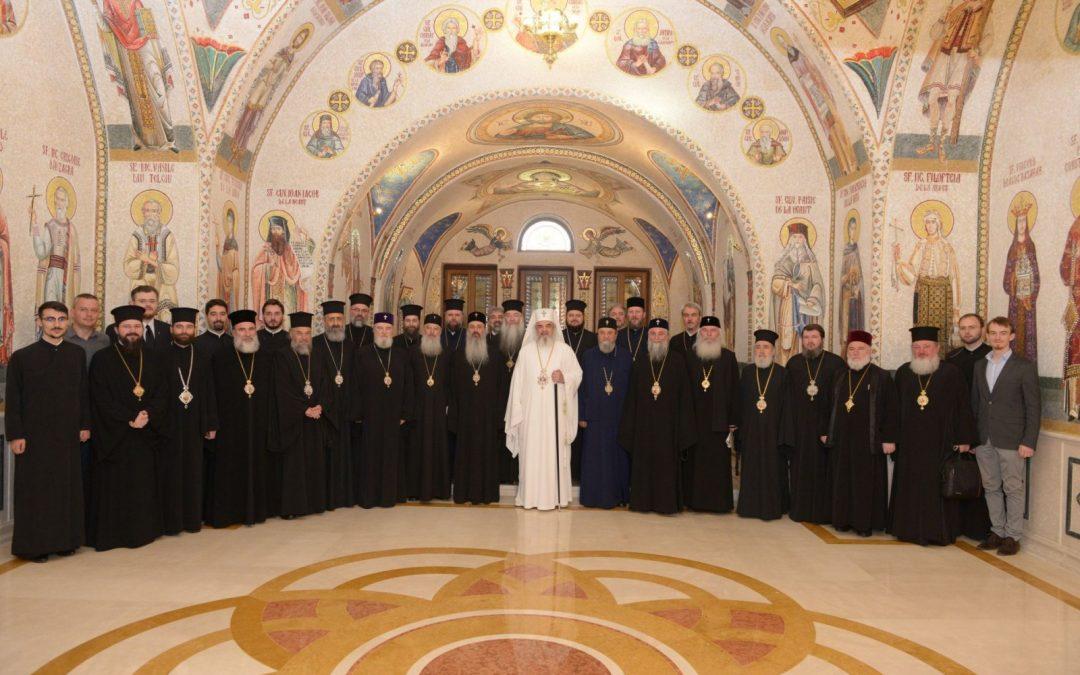 Delegația Bisericii Ortodoxe Române a plecat în Creta