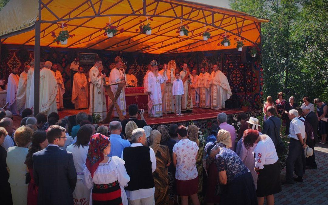 Mitropolitul Andrei a binecuvântat lucrările făcute la biserica din Ciceu-Girgești