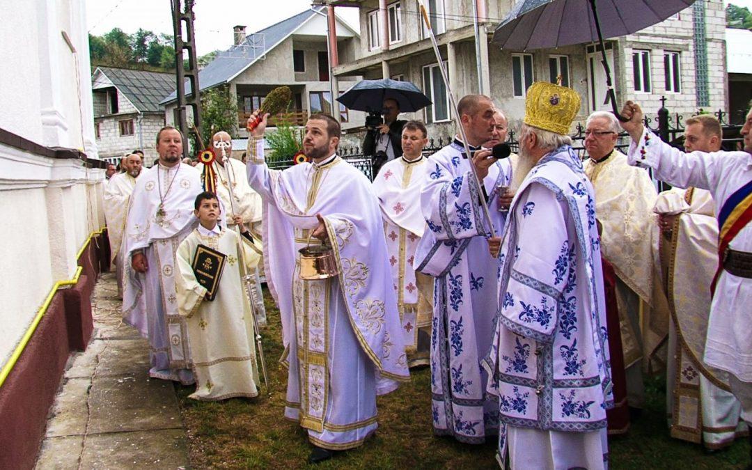 Resfințirea Bisericii din Coșbuc