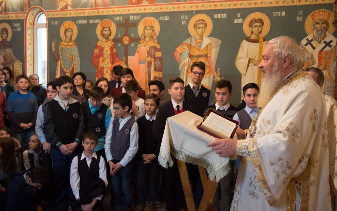 Sfânta Ecaterina, cinstită de elevii școlii gimnaziale din cadrul Seminarului Teologic Ortodox din Cluj