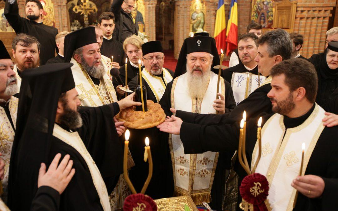 Începutul Privegherii pentru Arhiepiscopul Justinian