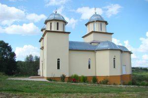"""Biserica """"Pogorârea Sfântului Duh"""" din Comșești a fost sfințită astăzi de ÎPS Părinte Andrei"""