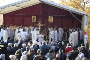 """Mănăstirea """"Petru Rareș Vodă"""", în haină de sărbătoare"""