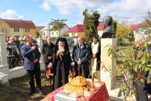 Înaltpreasfințitul Părinte Andrei a participat la dezvelirea bustului marelui scriitor și om de presă Vasile Rebreanu