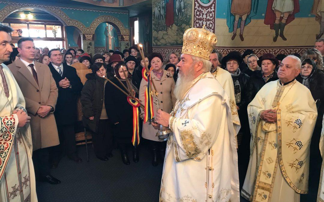 În a doua zi de Crăciun, ÎPS Andrei a oficiat Sfânta Liturghie la Bistrița