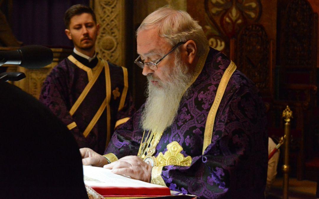 Clujenii au participat la slujba Deniei din Sfânta și Marea Vineri