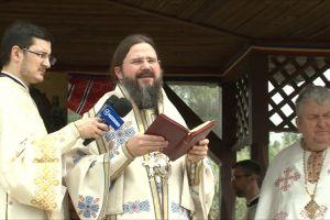 Preasfințitul Părinte Macarie la Oarța de Sus, Maramureș
