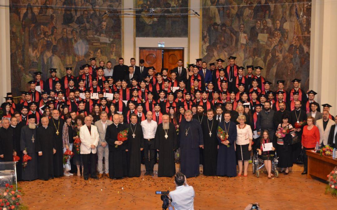 Festivitate de absolvire la Facultatea de Teologie din Cluj