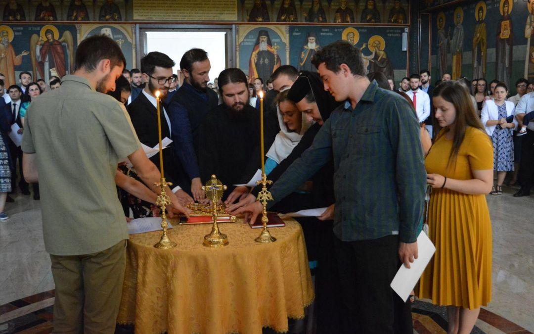 Absolvenții Facultății de Teologie au depus jurământul de credință