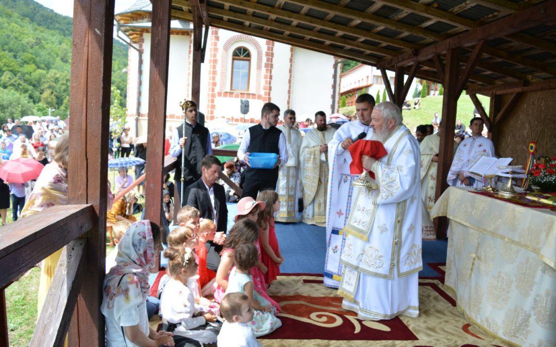 Hram la Mănăstirea clujeană de la Băișoara