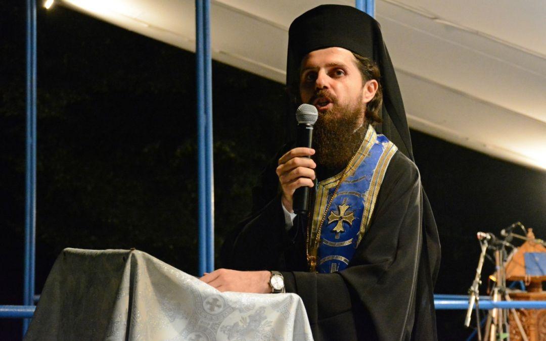 """Arhim. Benedict Vesa: """"Maica Domnului este Maica Bisericii. De aceea ați venit la Nicula, să o simțiți aproape!"""""""
