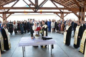Un așezământ social și o capelă mortuară, inaugurate la Jucu de Jos de Mitropolitul Clujului