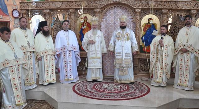 Biserica din localitatea Recea, județul Sălaj, sfințită de doi ierarhi ai Bisericii Ortodoxe Române