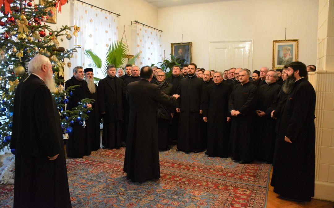 Cete de colindători la Reședința Mitropolitană din Cluj, în Ajunul Crăciunului