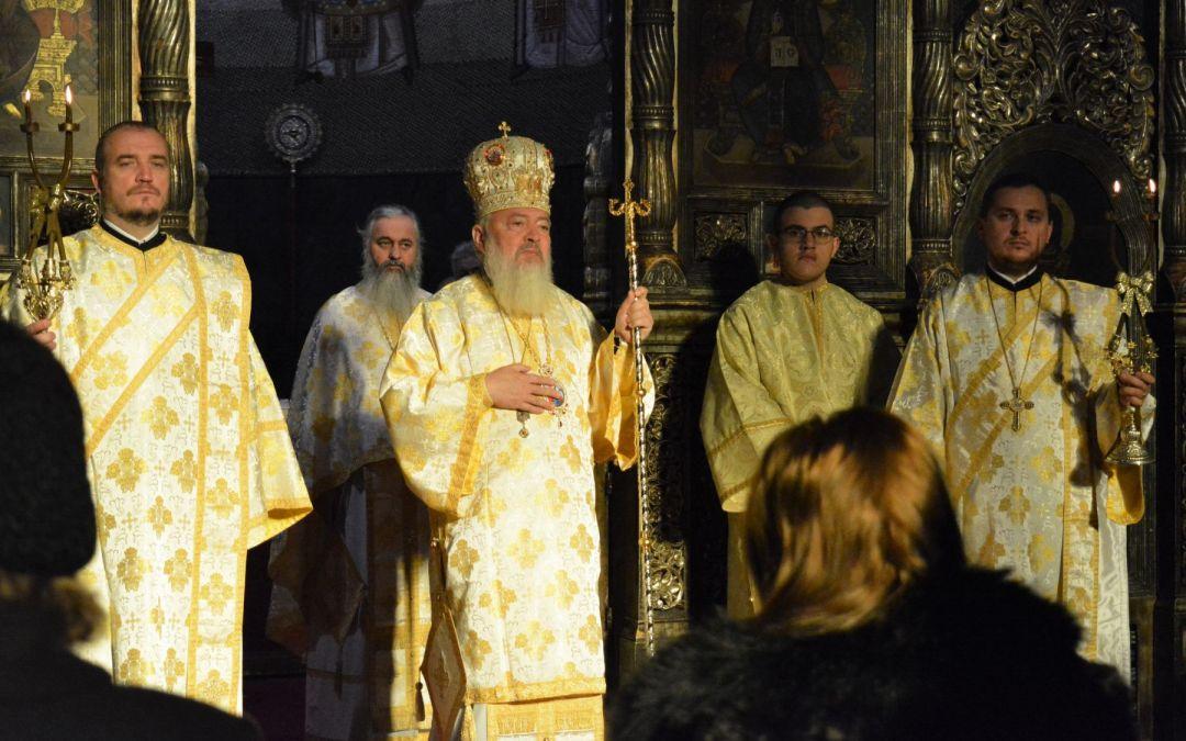 """Mitropolitul Andrei: """"Rugăciunile pe care i le facem lui Dumnezeu să le facem cu stăruință, cu credință, într-o stare de trezvie interioară"""""""