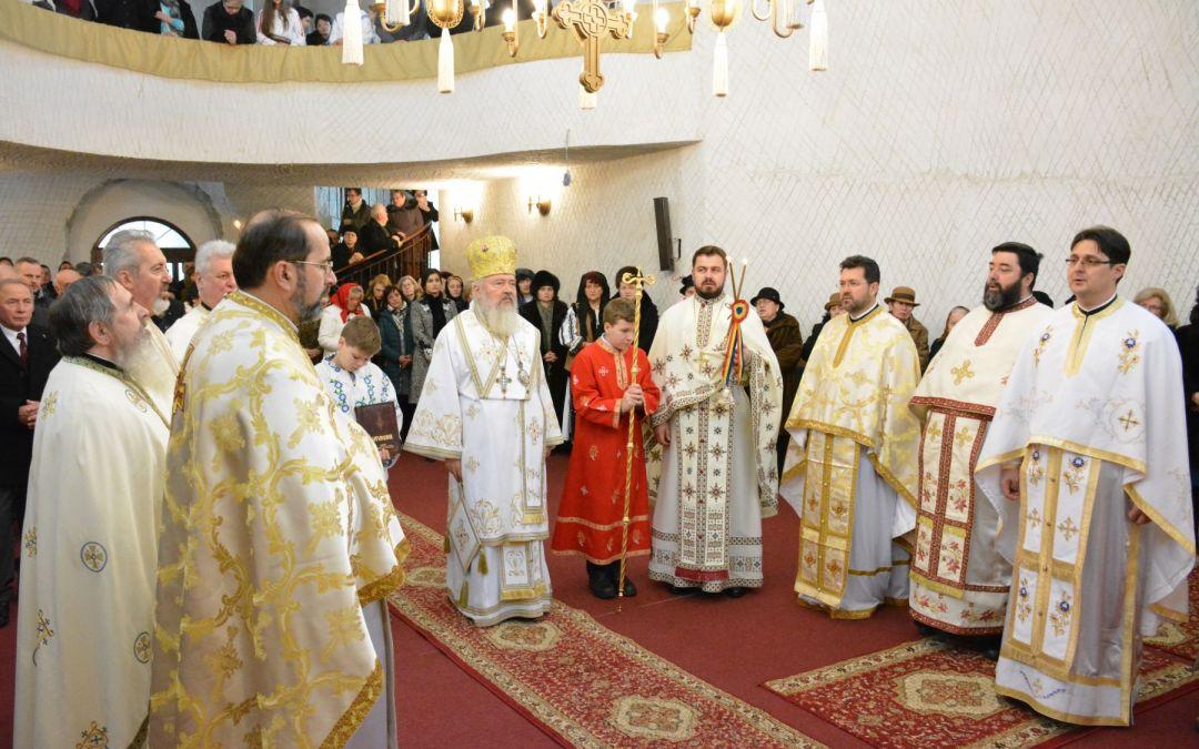 Credincioșii din cartierul clujean Făget au primit binecuvântare arhierească, în a treia zi de Crăciun