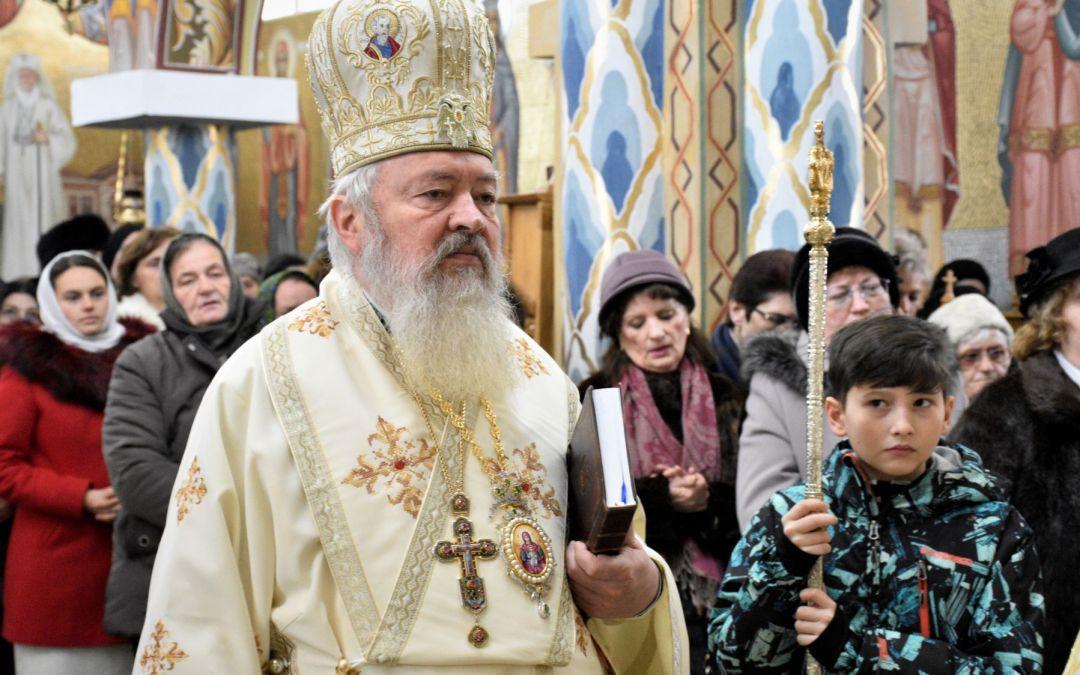 """Binecuvântare arhierească pentru credincioșii Parohiei """"Sf. Ap. Toma"""" din cartierul clujean Mărăști"""