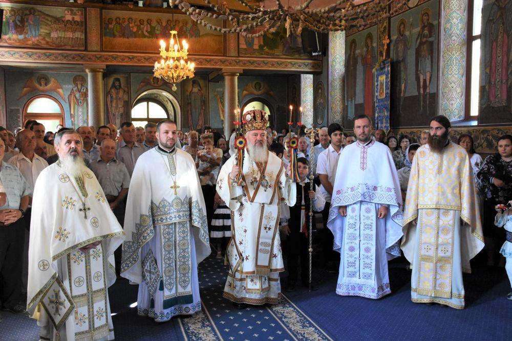 Binecuvântare arhierească în Parohia clujeană Batin