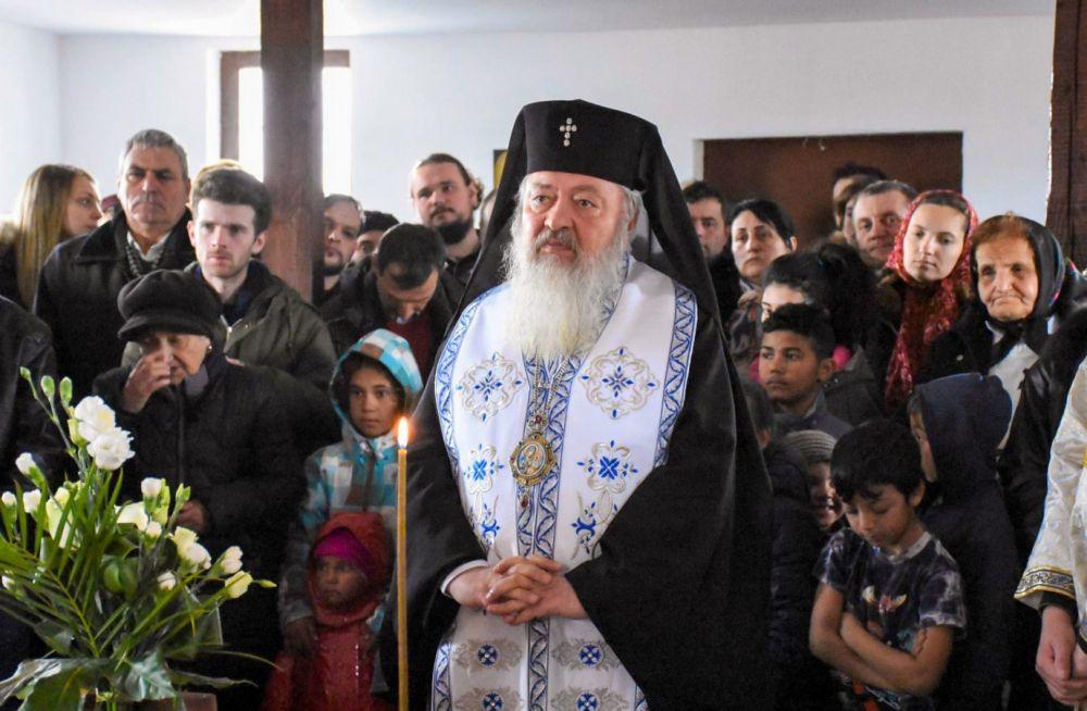 """Mitropolitul Clujului despre rromi: """"Sunt frații noștri creștini. Vrem să-i vedem că prosperă spiritual și material."""""""
