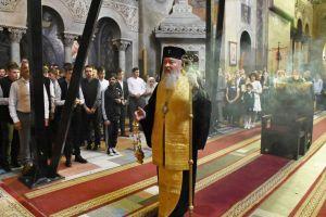 La Cluj-Napoca, noul an școlar 2019-2020 a început în biserică. Elevii, părinții si profesorii s-au rugat alături de Mitropolitul Andrei