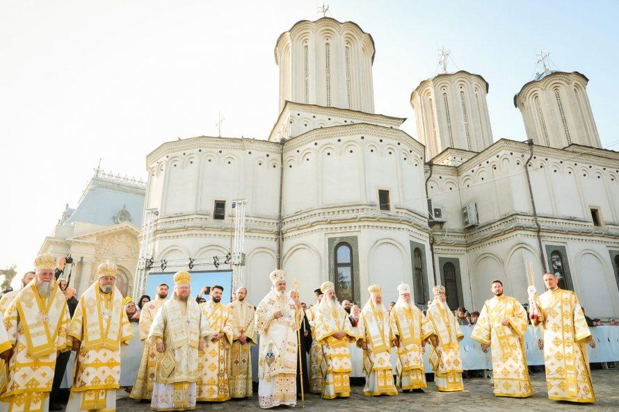 Mitropolitul Andrei, la hramul Catedralei Patriarhale, Sf. Dimitrie cel Nou, Ocrotitorul Bucureștilor
