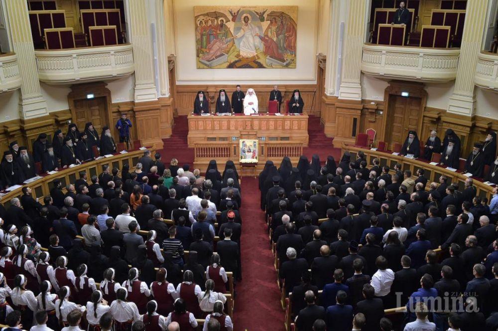 Ședința solemnă a Sfântului Sinod: trecerea în revistă a activităților omagiale și comemorative din 2019