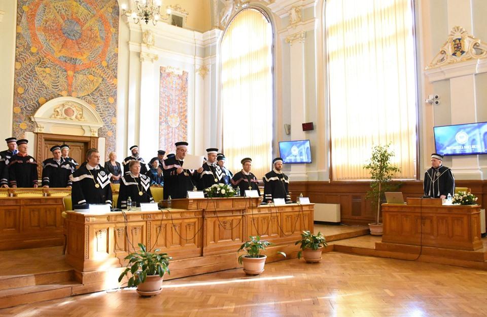 Pr. Eugen Pentiuc din SUA, renumit profesor român de studii biblice, a primit titulul de Doctor Honoris Causa al Universității Babeș Bolyai din Cluj-Napoca