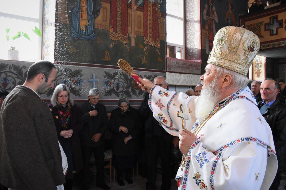 Binecuvântarea lucrărilor de renovare efectuate la Biserica din Aluniș, județul Cluj