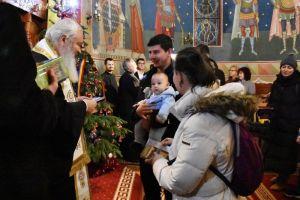 Mitropolitul Andrei s-a întâlnit cu tinerele familii care s-au cununat religios în anul 2019, la bisericile din Cluj-Napoca