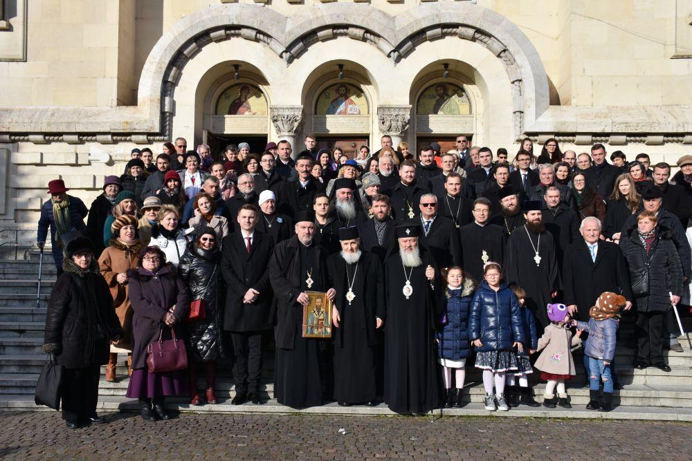 Prima zi a Anului Nou, la Catedrala Mitropolitană din Cluj | Aniversarea Episcopului-Vicar Vasile Someșanul