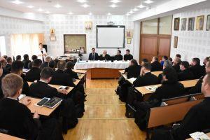 Prevenirea, identificarea și raportarea cazurilor de trafic de persoane și exploatare sexuală, în atenția preoților din Arhiepiscopia Clujului