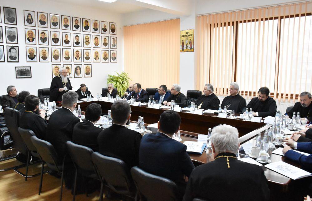 Realizările Arhiepiscopiei Clujului în anul 2019, analizate de Adunarea Eparhială: peste 16.000 de persoane au beneficiat de ajutor | 15, 8 milioane de lei au fost cheltuiți în scop filantropic
