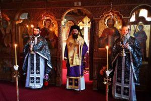 """PS Benedict Bistrițeanul: """"Trăim o tristețe strălucitoare, la al cărei capăt ne așteaptă Învierea"""""""