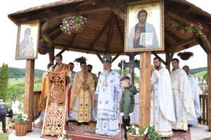 Biserica de lemn, monument istoric, a Parohiei Aghireșu-Fabrici, resfințită de Mitropolitul Clujului